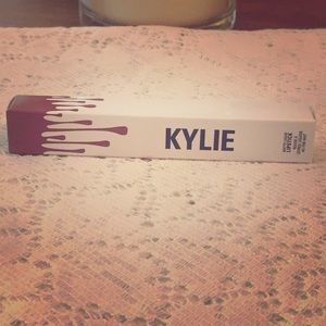 Brand New In Box KYLIE Dolce K